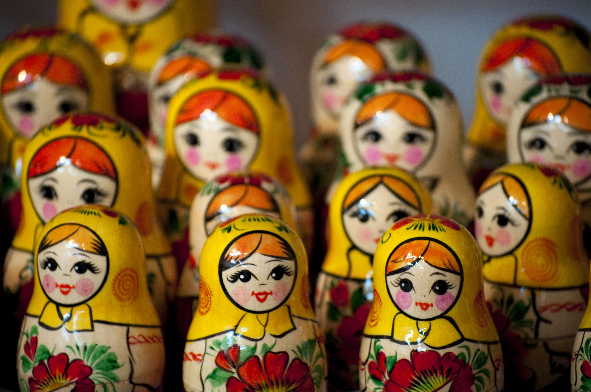 2048px-Russian_Dolls_(4891096981)