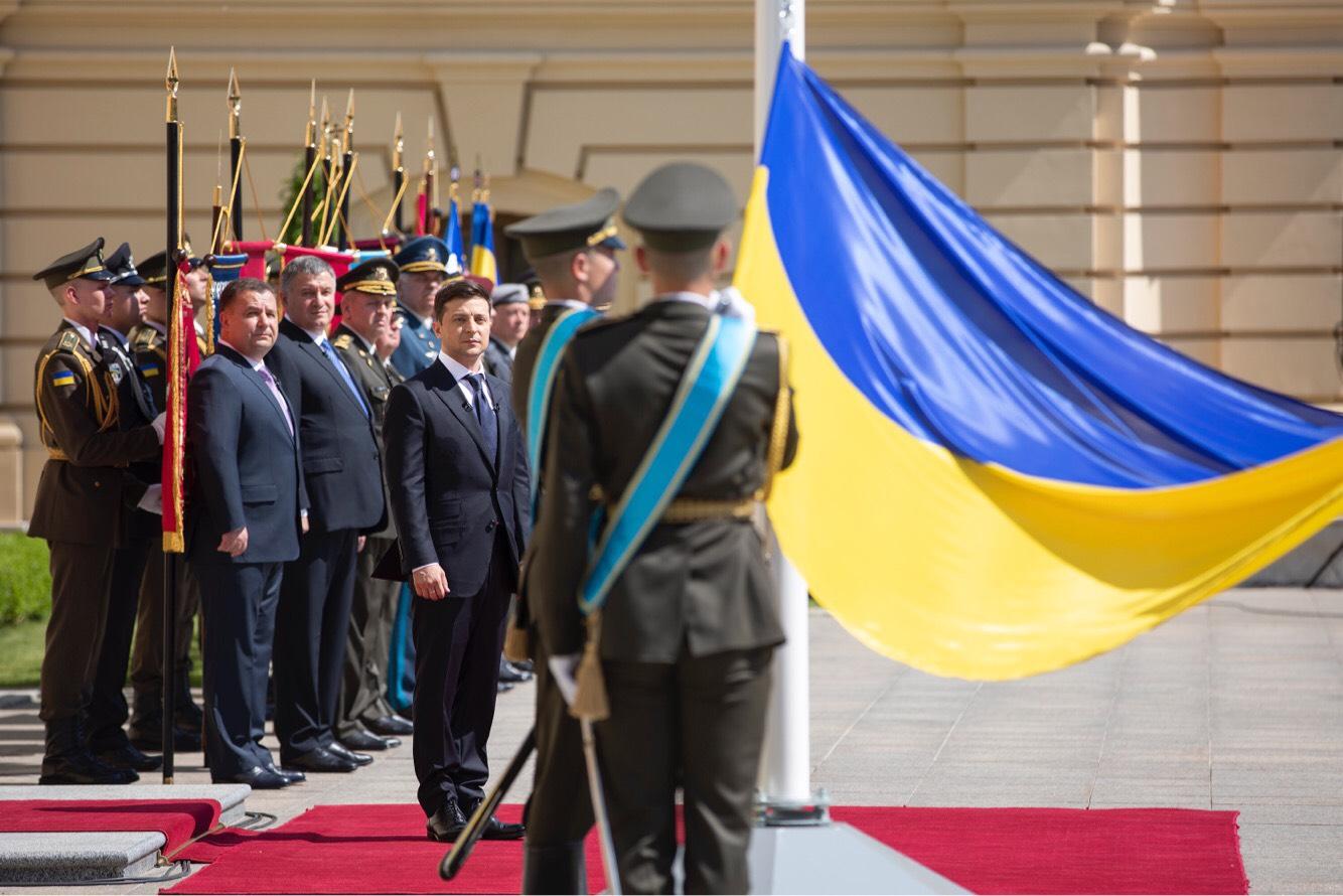 Volodymyr_Zelensky_2019_presidential_ina