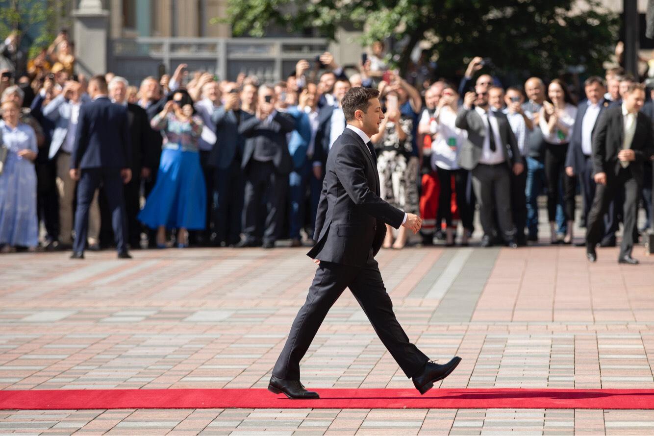 Volodymyr_Zelensky_2019_presidential_inauguration_03