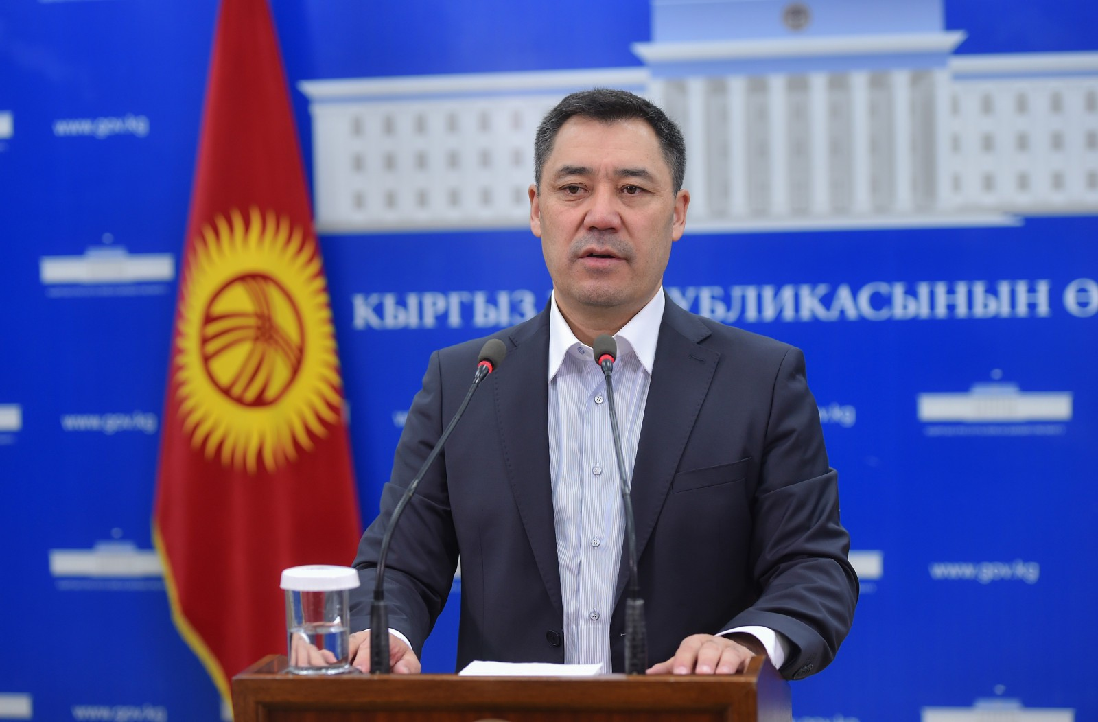 Photo: Acting President, Prime Minister of the Kyrgyz Republic Sadyr Japarov addresses a news conference, October 21, 2020. Credit: gov.kg
