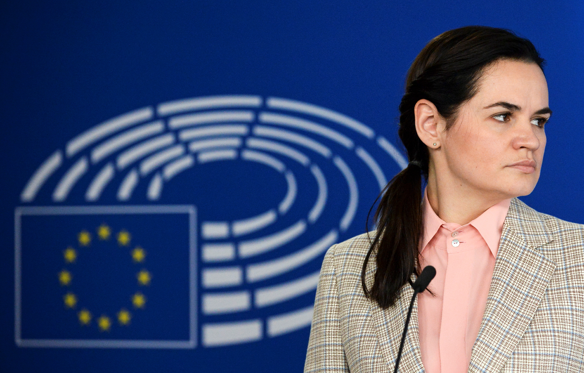 Photo: Belarusian opposition leader Sviatlana Tsikhanouskaya attends a news conference with European Parliament President David Sassoli (not pictured), in Brussels Belgium September 21, 2020. Credit: REUTERS/Johanna Geron/Pool