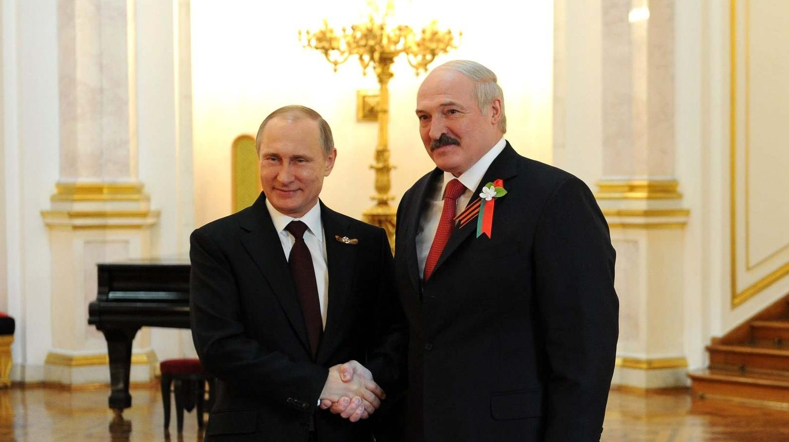 Putin_with_Alexander_Lukashenko_2015 (1)