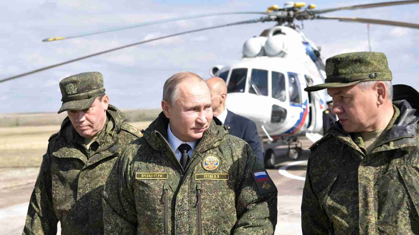"Photo: Russia's President Vladimir Putin, Defence Minister Sergei Shoigu and Chief of the General Staff of Russian Armed Forces Valery Gerasimov visit the firing range Donguz to oversee the military exercises known as ""Centre-2019"" in Orenburg Region, Russia September 20, 2019. Credit: Sputnik/Alexei Nikolsky/Kremlin via REUTERS"