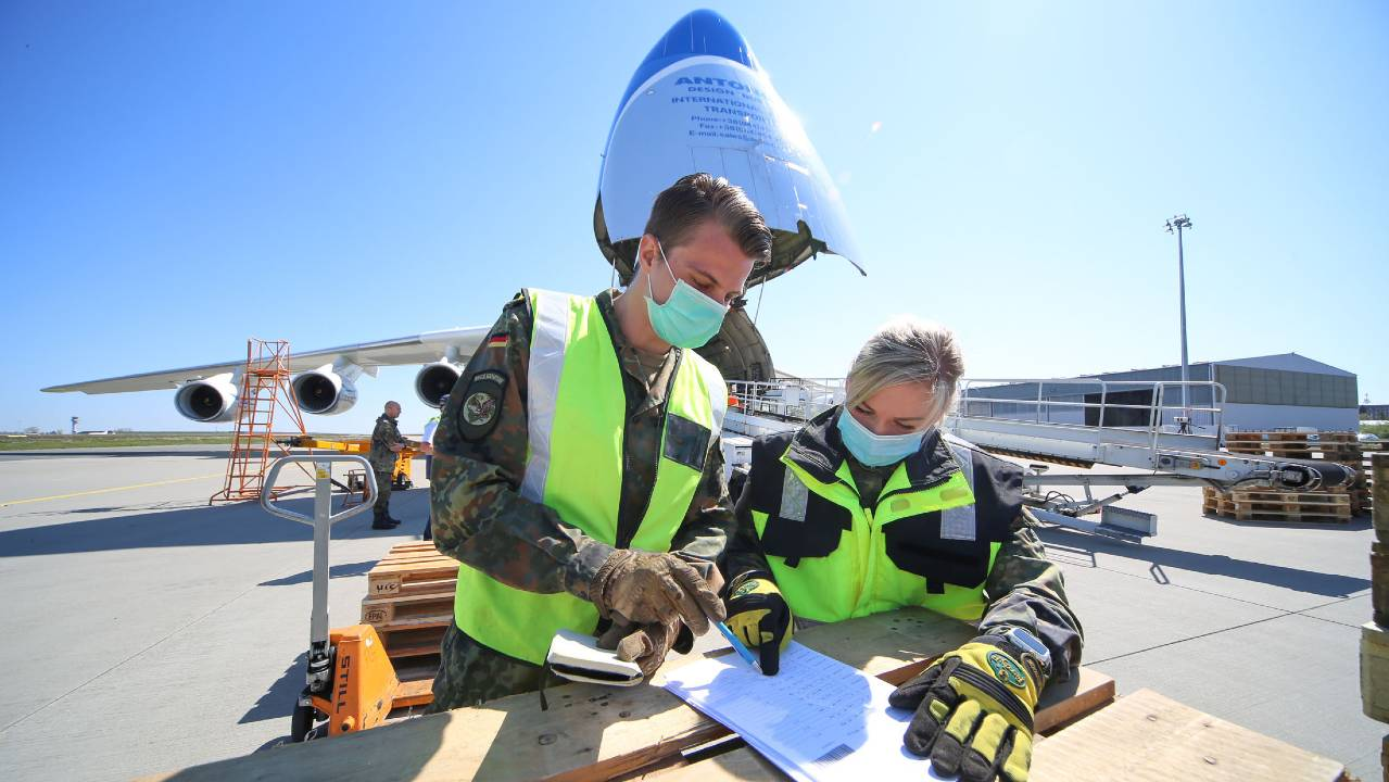 Largest plane in the world brings face masks to Germany, 27 April, 2020. NATO