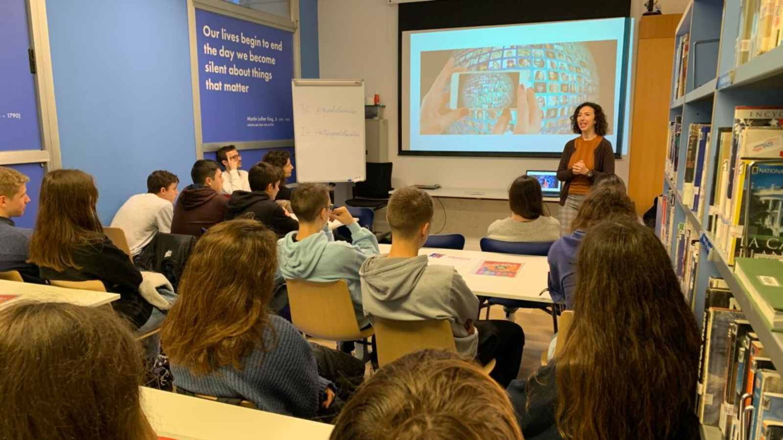 From October to December 2019, the network of American Spaces in Spain (in Barcelona, Valencia and Madrid) organized a series of media literacy workshops for high school students and teachers with the support of U.S. Mission Spain. Led by two university professors, the program taught young people skills and tools to detect misinformation circulating on the Internet and on social networks in particular. The workshops also promoted the responsible and ethical use of social networks, and highlighted the importance of being well-informed citizens. Credit: U.S. Embassy of Spain