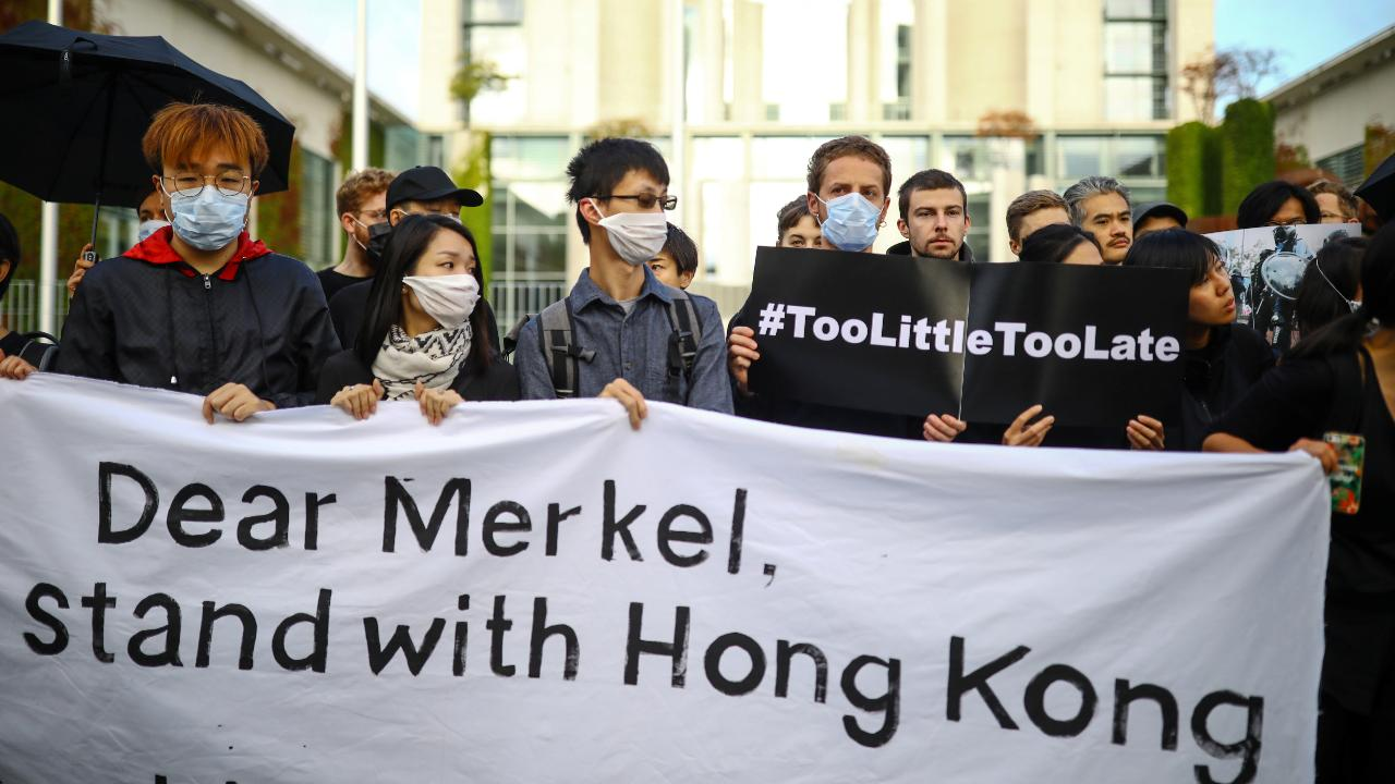 Photo: Activists protest for solidarity with Hong Kong's protestors in front of Chancellery in Berlin, Germany, September 5, 2019. Credit: REUTERS/Hannibal Hanschke