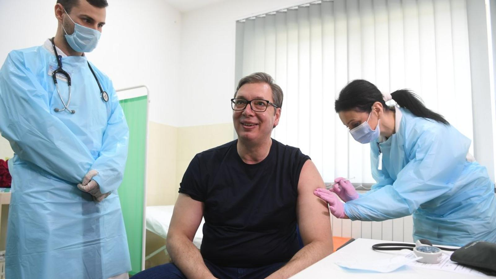 Photo: President Vučić receives a vaccine in Rudna Glava. Credit: Presidency of Serbia / Dimitrije Goll