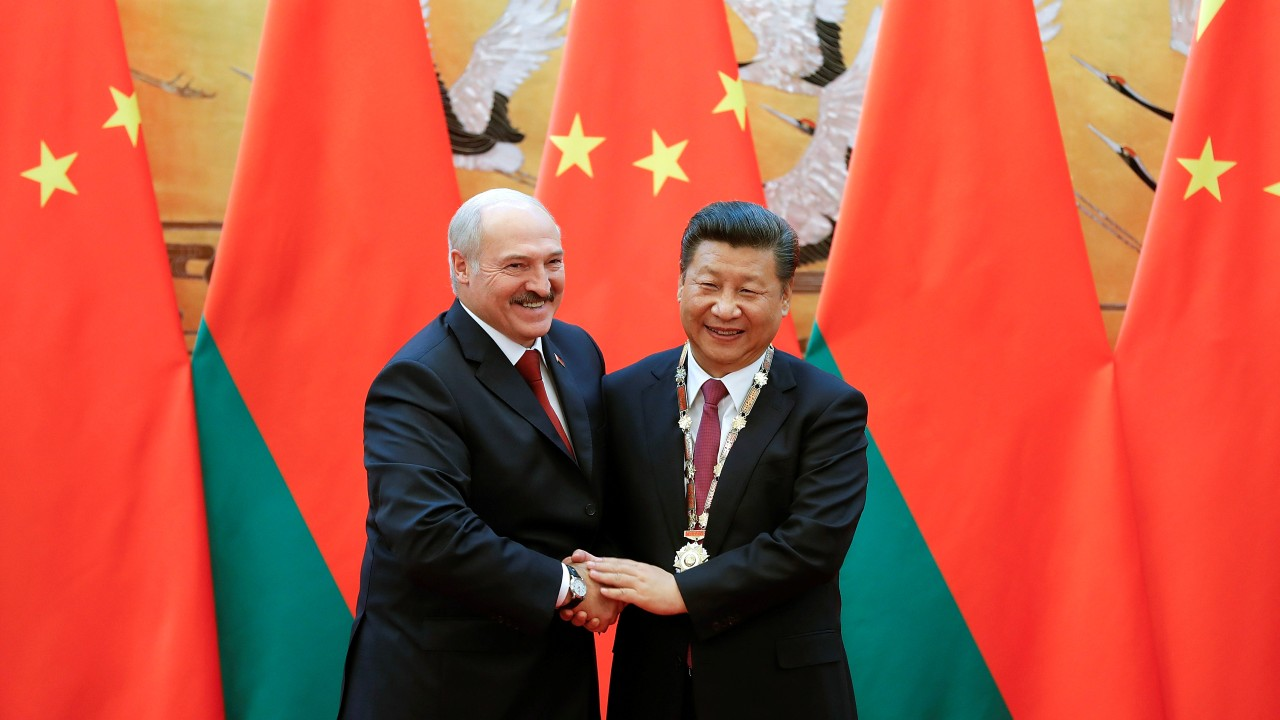 Photo: Chinese President Xi Jinping meets with Belarussian President Alexander Lukashenko (L) at Great Hall of the People, in Beijing, China September 29, 2016. Credit: REUTERS/Lintao Zhang/Pool