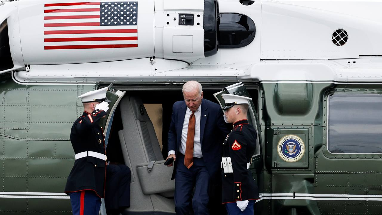 Photo: U.S. President Joe Biden disembarks from from Marine One prior to boarding Air Force One for return travel to Washington, DC at Dover Air Force Base in Dover, Delaware, U.S., June 4, 2021. Credit: REUTERS/Carlos Barria