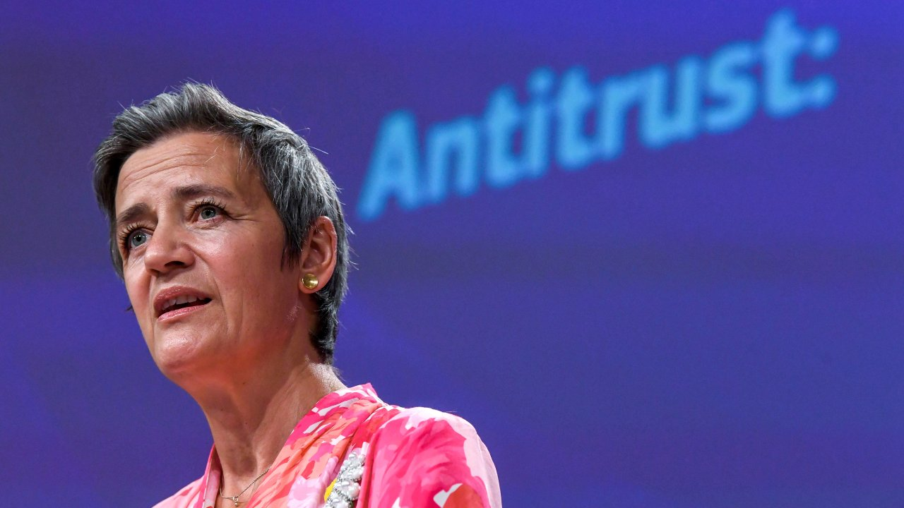 Photo: FILE PHOTO: European Commissioner for Europe fit for the Digital Age Margrethe Vestager speaks during a news conference on a competition sector inquiry at the EU headquarters in Brussels, Belgium June 9, 2021. Credit: John Thys/Pool via REUTERS/File Photo