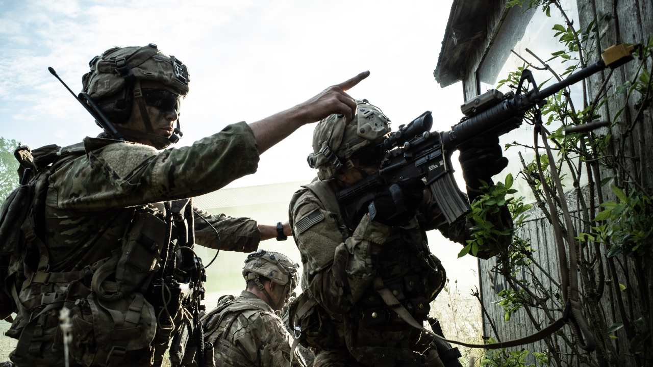 Photo: Paratroopers with the US Army's 173rd Airborne assault an objective. Held in Germany, exercise Saber Junction gathered six NATO Allies and three partners to test the readiness of the US Army's response force based in Europe. Credit: NATO