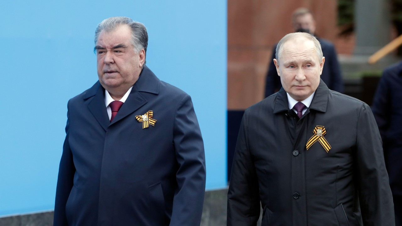 Photo: President Vladimir Putin welcomed President Rahmon for the parade marking 76th anniversary of Great Victory in Moscow. Credit: President of Tajikistan.