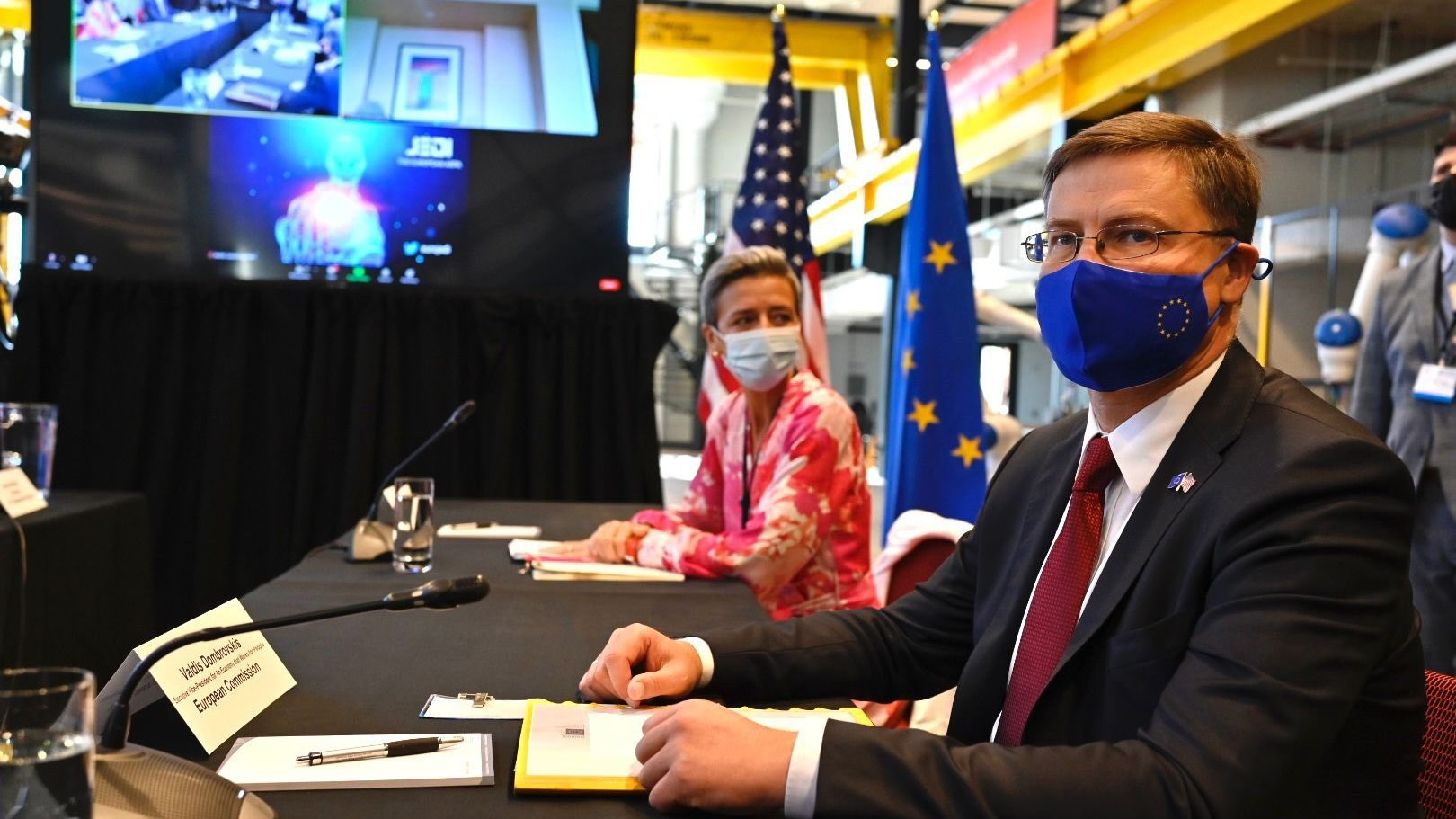 European Commissioner for Trade Valdis Dombrovskis and Executive Vice President of the European Commission for A Europe Fit for the Digital Age Margrethe Vestager share views on critical trade & tech issues with stakeholders in Pittsburgh.