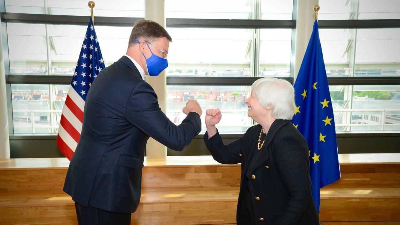 Photo: Janet Yellen meets with Valdis Dombrovskis in Brussels. Credit: @SecYellen