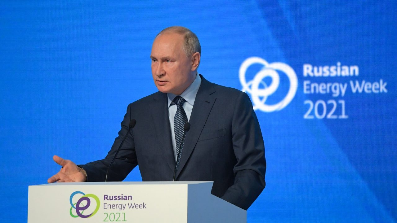 Russian President Vladimir Putin during the plenary session of the Russian Energy Week International Forum. Photo: RIA Novosti/Government of Russia